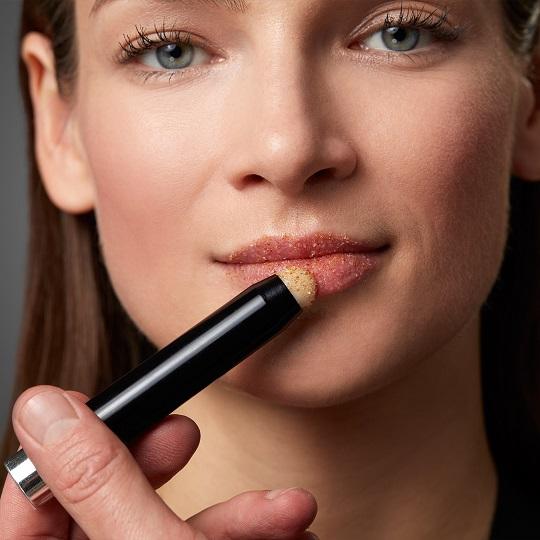 Rand lippen roter um Lippenbeschwerden